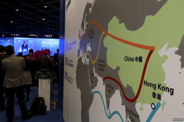 """FILE - A map illustrating China's silk road economic belt and the 21st century maritime silk road, or the so-called """"One Belt, One Road"""" megaproject, is displayed at the Asian Financial Forum in Hong Kong, China Jan. 18, 2016. / Photo Source: VoA"""