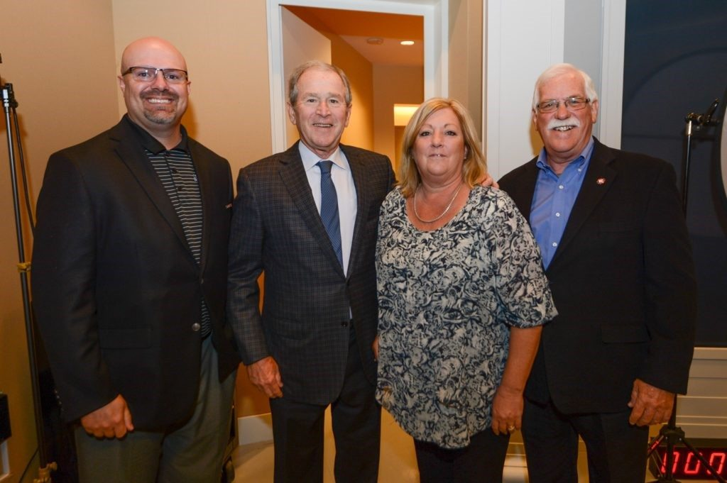 Kevin Ekstrand, President G.W. Bush, Jeannie & Roger Scarbrough